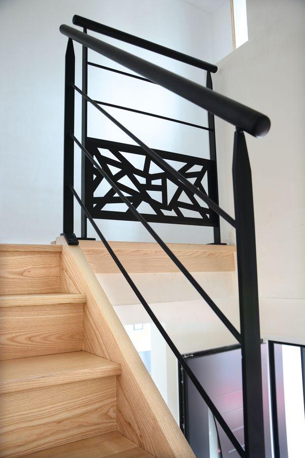Escaliers-personnalisés-RAUX-GICQUEL-Gamme-Eclat-0002