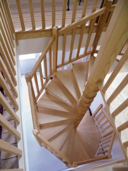 Escaliers-personnalisés-RAUX-GICQUEL-Gamme-Nautile-0001